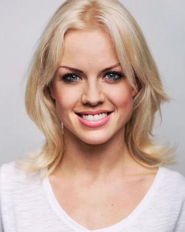 Joanne Clifton and Ben Adams will Star in Flashdance at Cardiff's New Theatre!