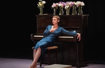 review of Hedda Gabler ; click here to read the full review